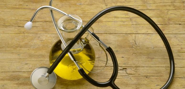 Какая польза от оливкового масла для пожилых людей?