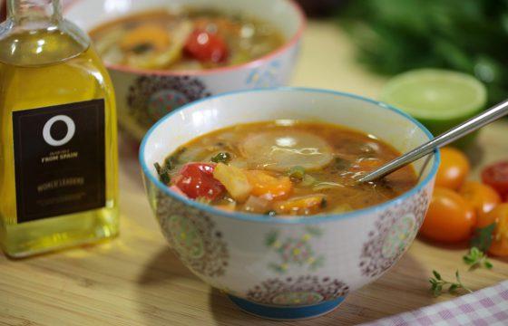Удовольствие, которое можно черпать ложками: очищающий суп